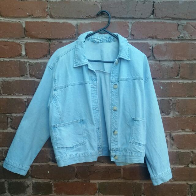 TOPSHOP Boxy Oversize Cropped Denim Jacket Size 10