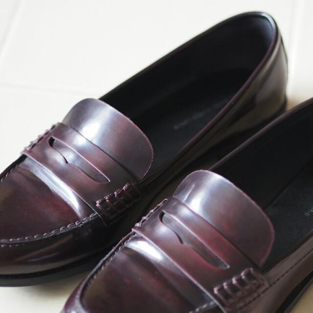 4849bb75894 ZARA Burgundy Penny Loafers (Patent Leather)