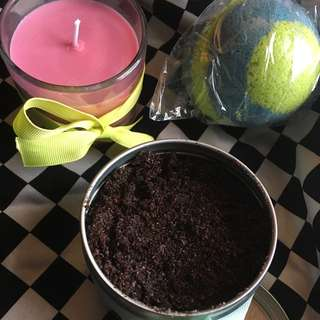 Bath Bombs/Soy Candles and Wax Melts/ Coffee and Sugar Scrubs!