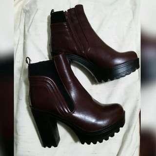 Maroon Heeled Boots SZ 7