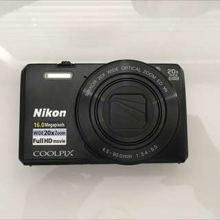 Nikon Coolpix S7000 - GREAT CONDITION