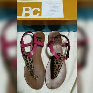 BC Leopard Pink T-strap Sandal Sz 8