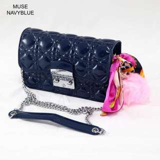 Jelly Muse (Navy Blue)