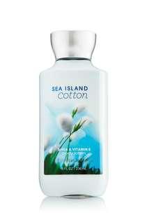 "Bath and Body Works Lotion ""Sea island cotton"""
