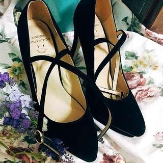 Gracegift 漢娜妞聯名款黑色絨布高跟鞋
