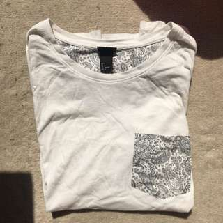 H&M: Baroque detailed basic white tee