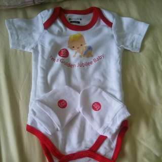 Brand New SG50 Rompers With Mittens 0-6months FAST DEAL @$7