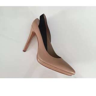 BCBG Nude Pumps