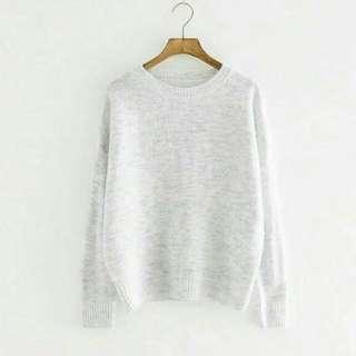 換物)純色寬鬆圓領針織毛衣