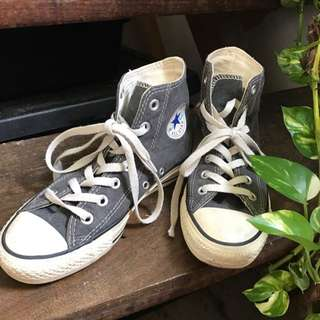Preloved Classic Converses
