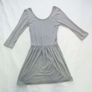 Gray Ladies Dress (3/4)