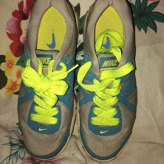 Nike Women Shoes (Preloved )