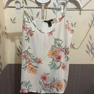 Flower Top by Forever21 (PRELOVED)