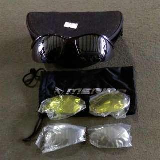 美利達運動用防風眼鏡 有三套鏡片可置換 含眼鏡盒與眼鏡袋