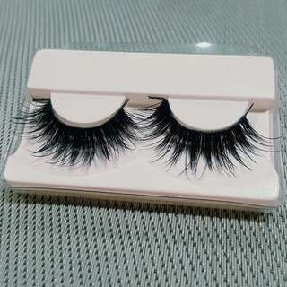 1 Pair Gorgeous Thick Black Fake Eyelashes