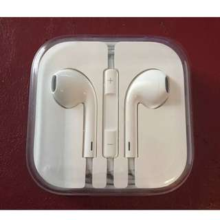 Apple Iphone Earphones - Brand New