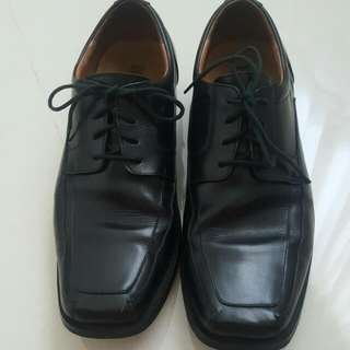Bristol Shoes For Men - US MENS SIZE 8