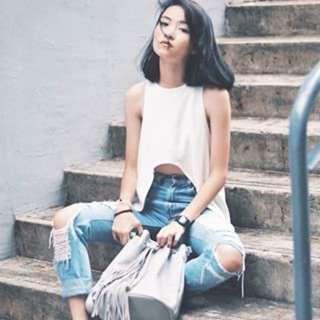 Pomelo Sienna Fringe Bucket Bag In Light Gray