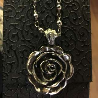Vintage Rose Necklace (free with purchase)