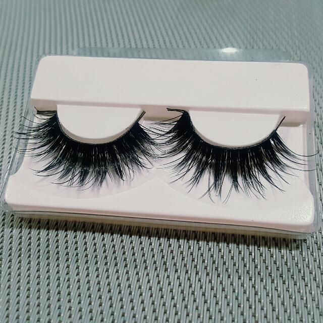 1 Pair Gorgeous Thick Black Fake Eyelashes