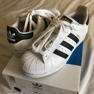 Adidas Superstars Original Sneaker Size 5.5 - 6