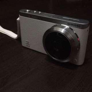 NX mini 翻轉相機