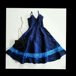 Amanda Sheer Midi Dress