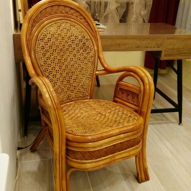 含運費,藤椅9.5成新,舒適穩固, 椅背高97*座高43*總寛64cm