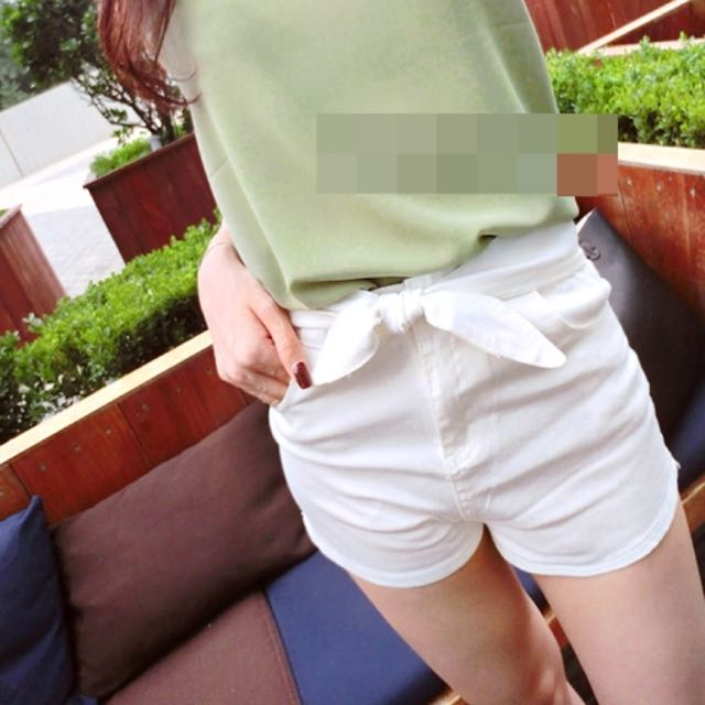 蝴蝶結高腰短褲