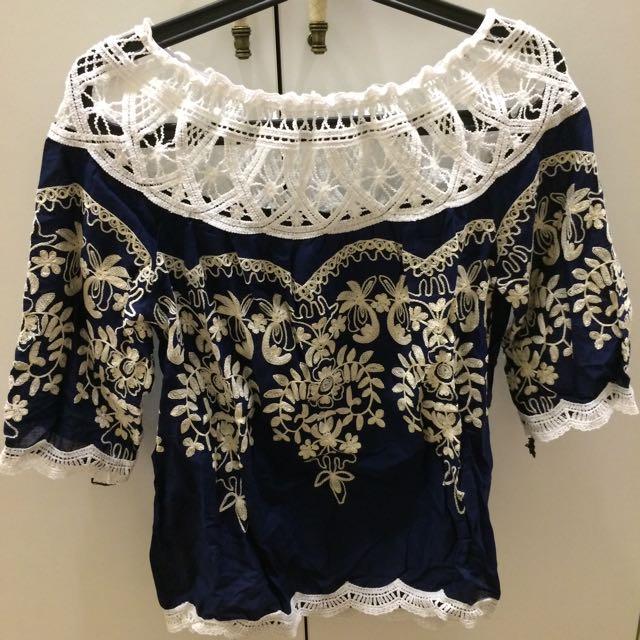 繍花上衣(選2件500)