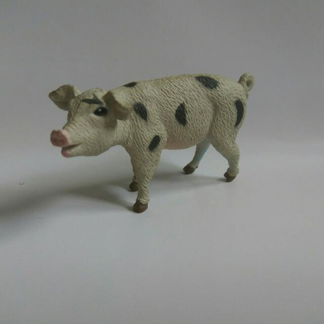 黑白豬 公仔 扭蛋 盒玩 擺飾(腳有染到顏色)