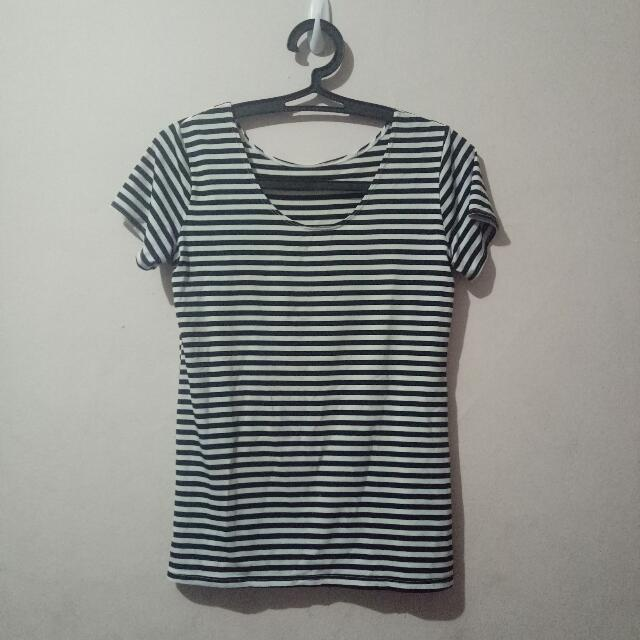 Airism By Uniqlo Stripes Tshirt