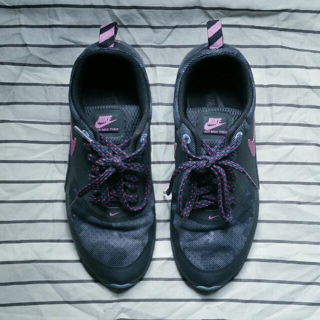 Nike Air Max Thea (Size 7.5)