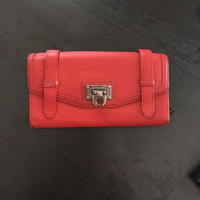 Charles & Keith Dompet