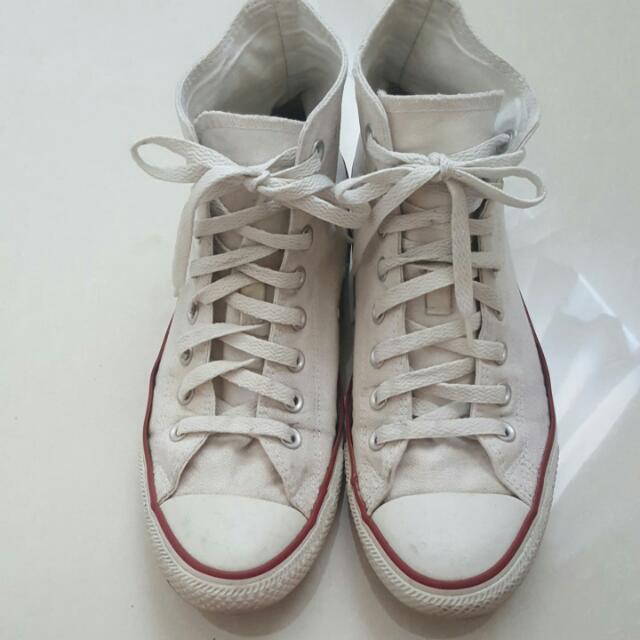 Converse Classic White (Hi Cut Mens Size 8)