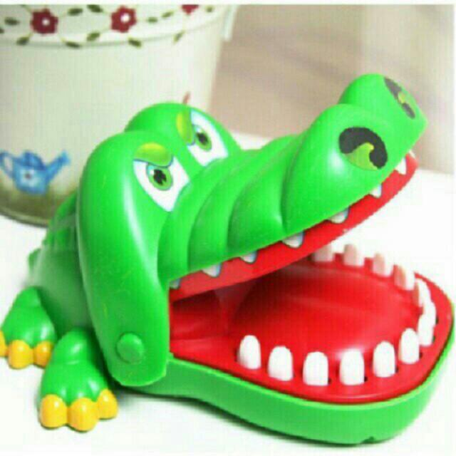 CROCODILE DENTIST- FAMILY BONDING TOYS