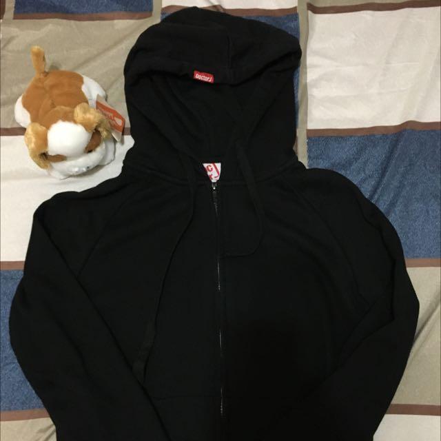 Doctor J 👨⚕️ 黑色連帽外套