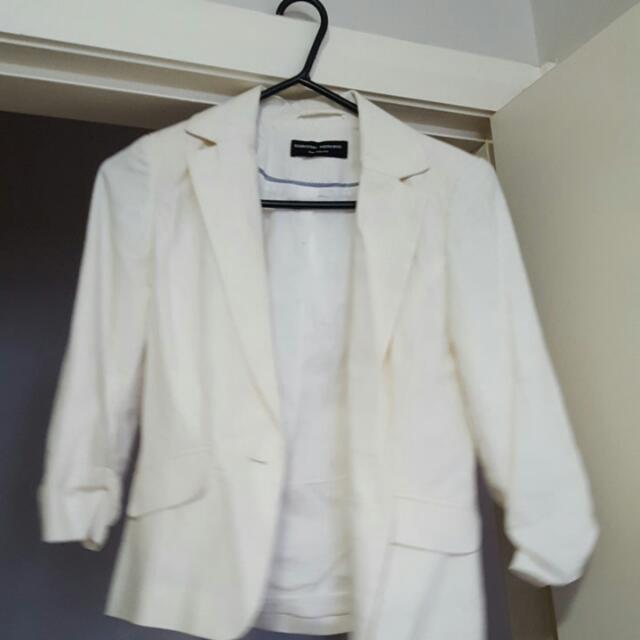 Dorthory Perkins Cream Jacket