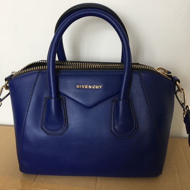 Givenchy antigona Ladies Bag