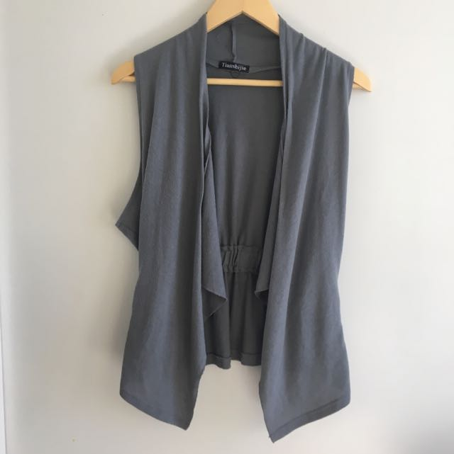 Gray waterfall vest with plaited details