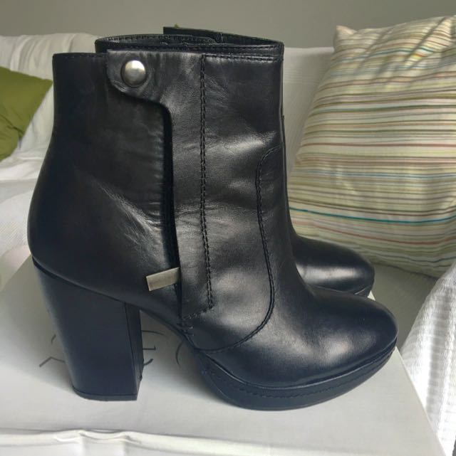 Great Genuine Leather Boots As New 38 Size Black