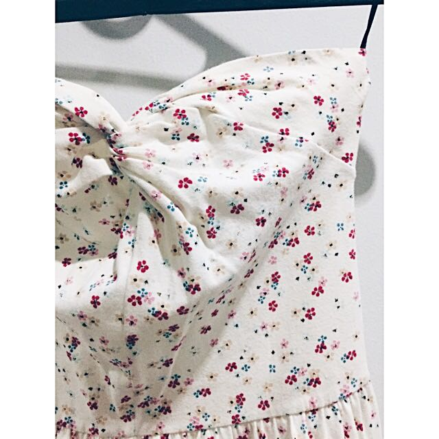 H&M Divided Flower Dress