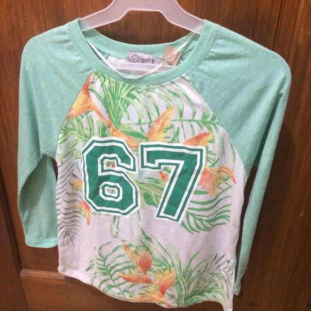 Just G 3/4 Sleeved Top