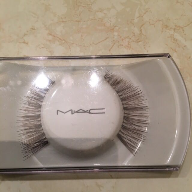 Mac Flared Lashes