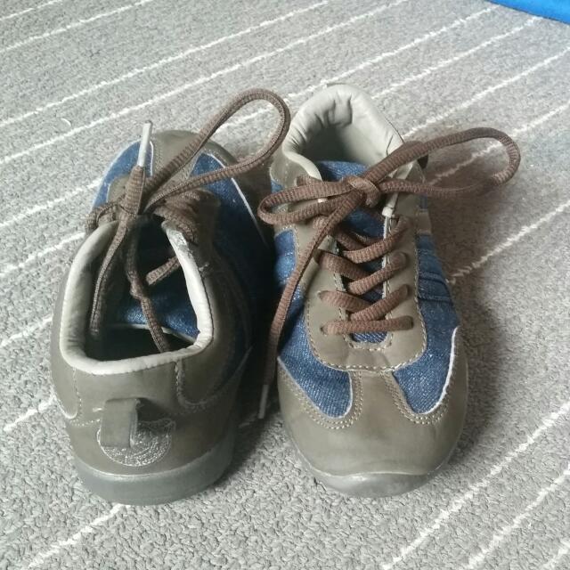 Mexx Boys' Size 12 Shoe