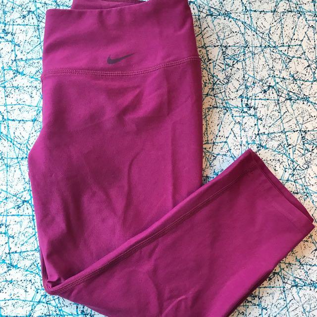Nike Capri Pants in Purple