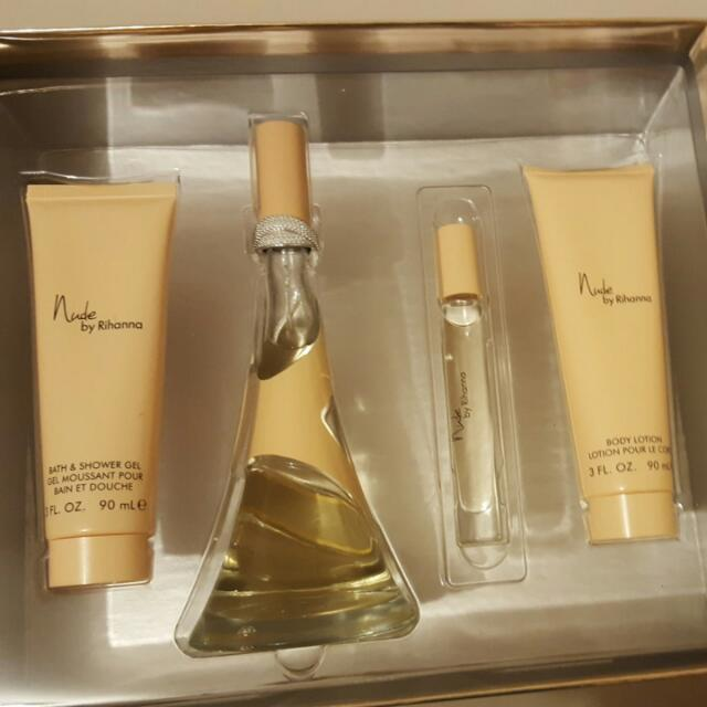 Nude By Rihanna EDP Gift Set