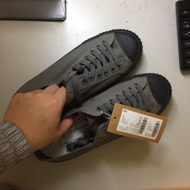 Pf帆布鞋