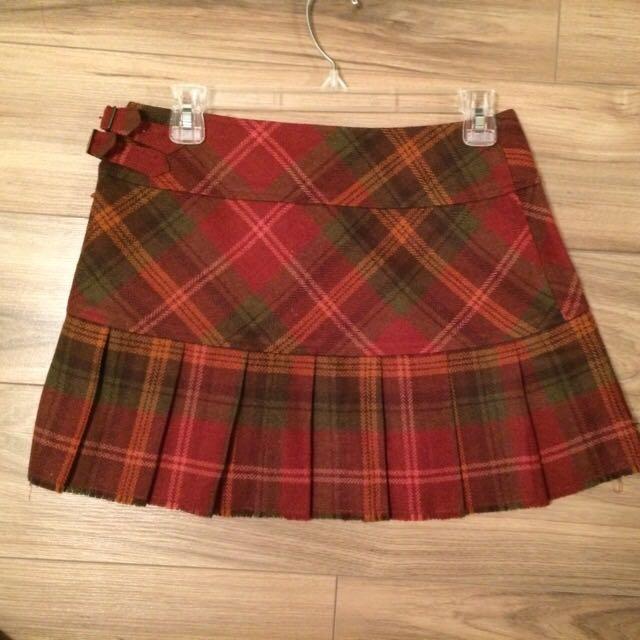 Roots Mini Skirt Size 4