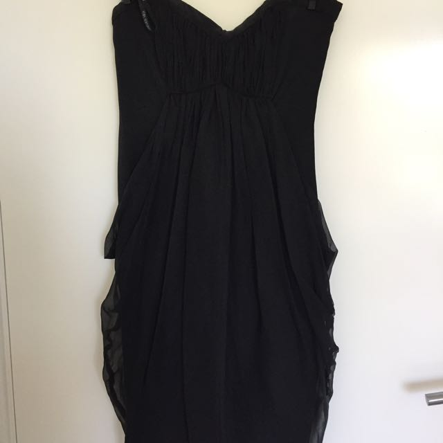 Size 6 Forever New Dress